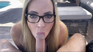 """NEW Video """"caught The Pool Boy Taking A Load Off So I Took His Load"""""""